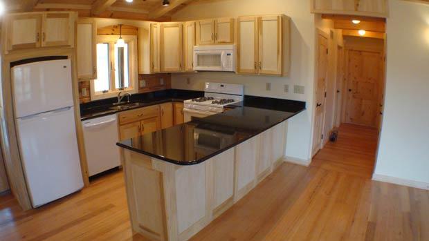 ReedBuild.com - Kitchens: Poplar Cabinets