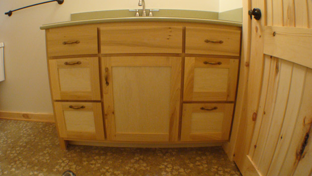 Hand Crafted Solid Poplar Bathroom Vanity And Cabinets: Clement