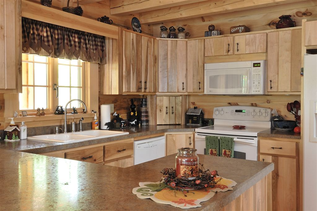 Hand Crafted Soild Maple Kitchen Cabinets